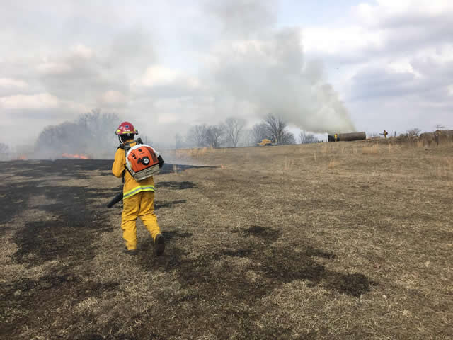 Boone County FPD puts out brush fire
